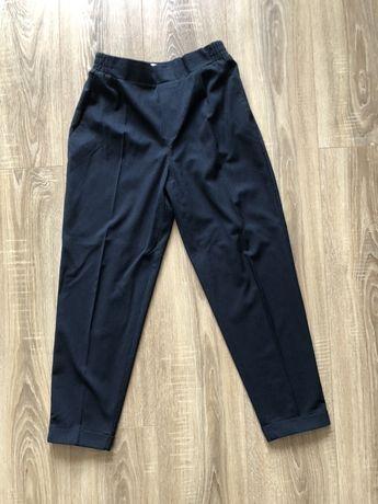 Pantaloni de vara Pull & Bear marimea S