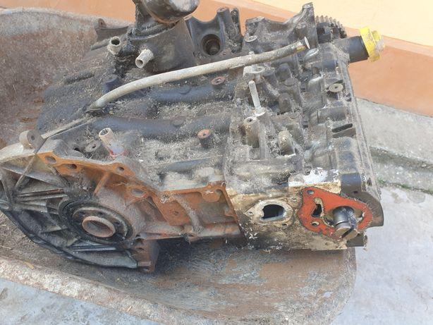 Vand Motor Renault Clio 2 1.5 dci 65 hp