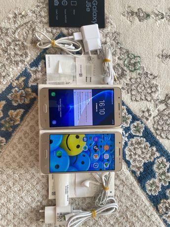 Продам Самсунг J5 17  айфон телефон полный комплект новый
