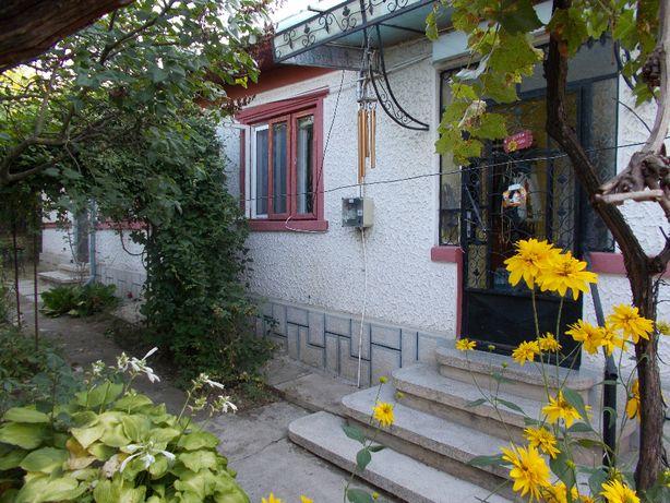 Vând casă in oraș cu potențial turistic-zonă centrală Băicoi