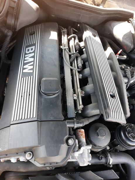 Motor bmw 2.0 benzina