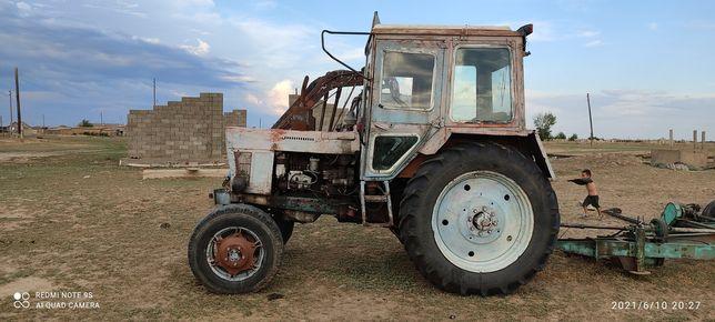 Продам трактор в хорошем состояниц