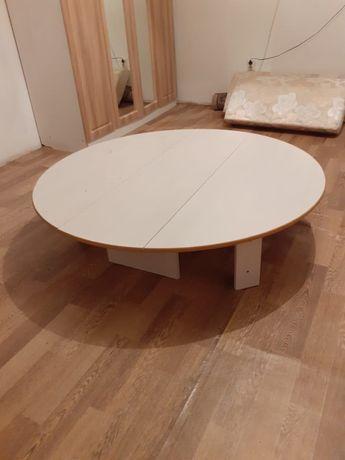 Продам круглый стол недорого