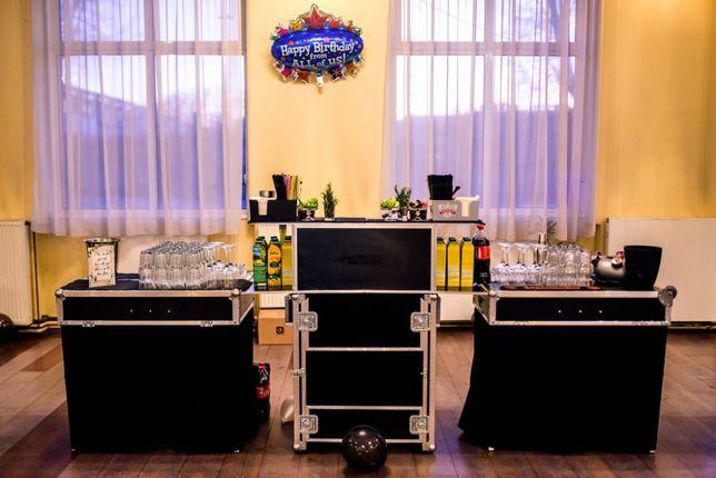 Barman mobil sau cocktail bar