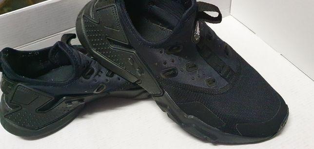 Nike huarache negri