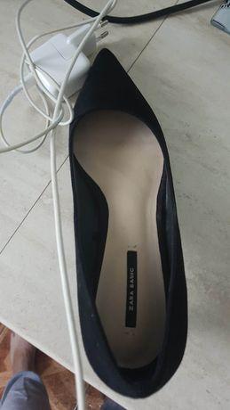 Pantofi stilletto negrii 38