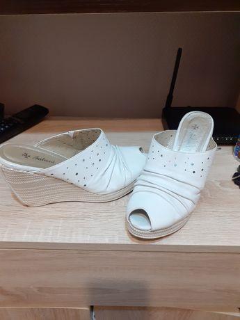 Продам обувь летнее размером 39 , 40 .б/у в хороших состояниях кожаные
