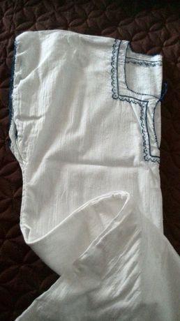 Стари лен носии -дрехи