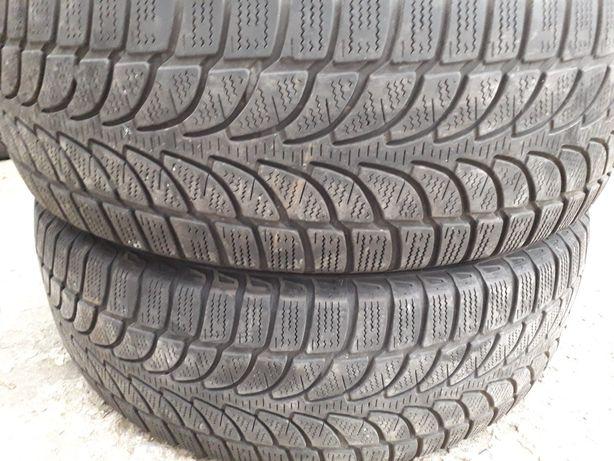 Două anvelope de iarna Bridgestone 235 65 17 dot 2017