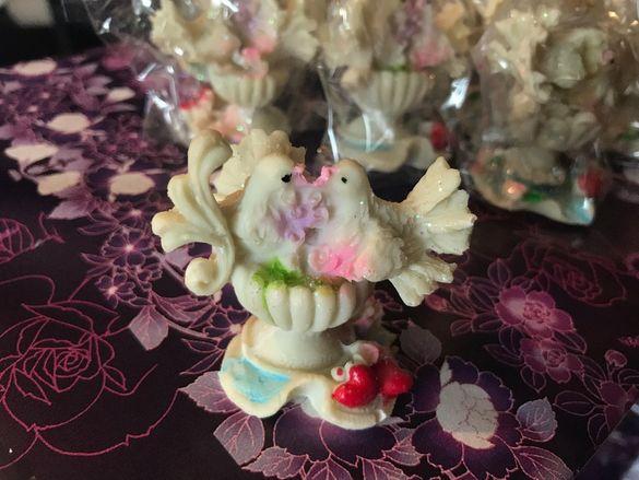 Подаръчета за сватба / Гълъбчета сувенири