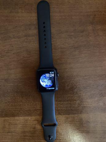 Продам смарт часы Apple Watch 3 серия 42 мм