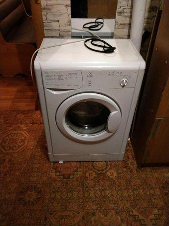 Продам стиральную машину за 5000тг