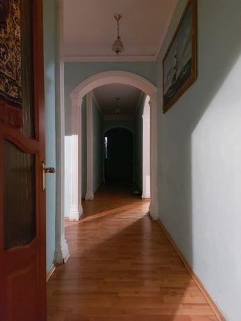срочно 6 комнатная квартира по желтоксан 161м2