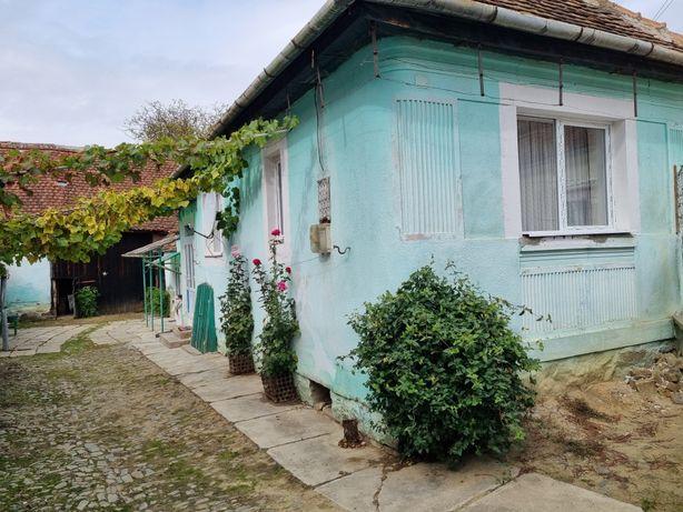 Casă la țară la 22 km de Sibiu