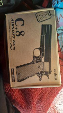 Детский пистолет игрушечный
