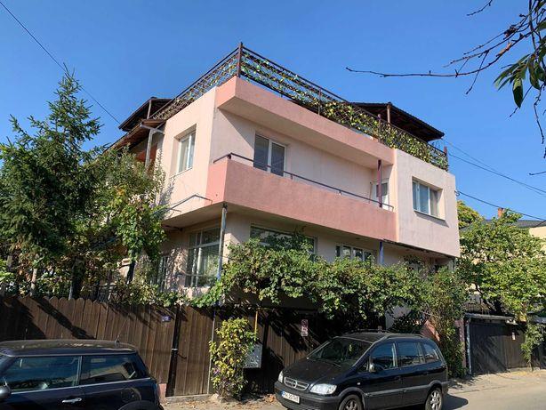 Vila cu curte proprie, parcul Tineretului- metrou Brancoveanu
