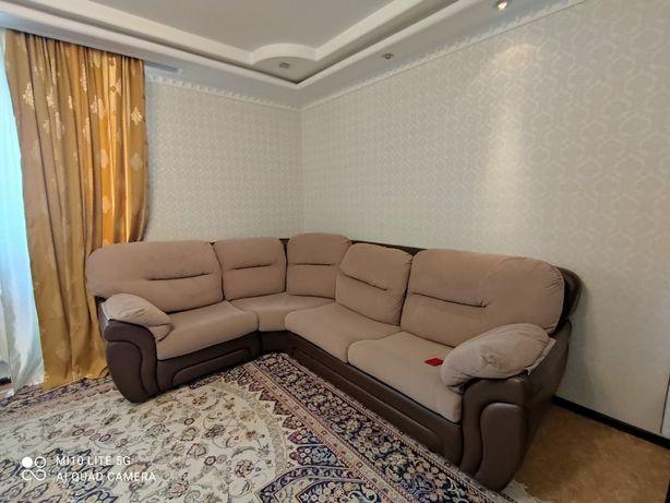 добротный Угловой диван, раскладной диван, диван в отличном состоянии