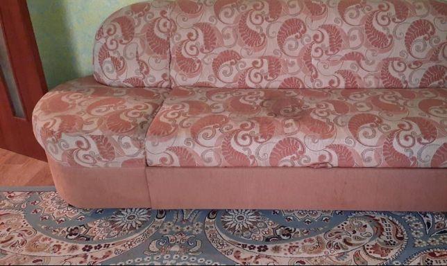 Продам недорого мебель
