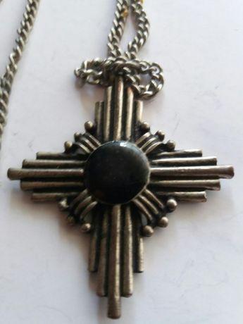 Старо огърлие с кръст,Медал ,Орден
