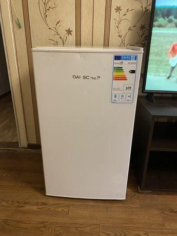 Продается холодильник б/у в хорошем рабочем состоянии