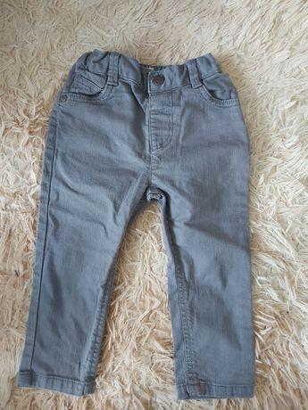Продам джинсы доя мальчика
