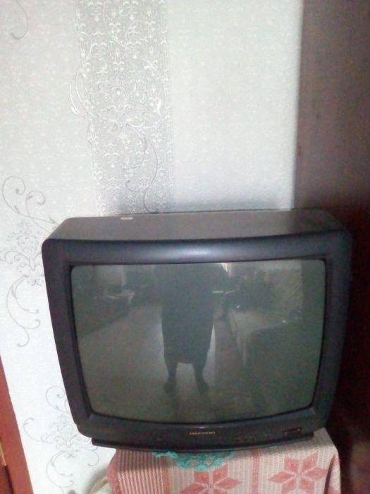 продам телевизор 5000тг Рудный - сурет 1
