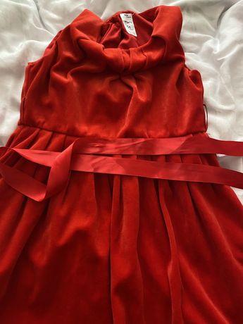 Детска червена рокличка