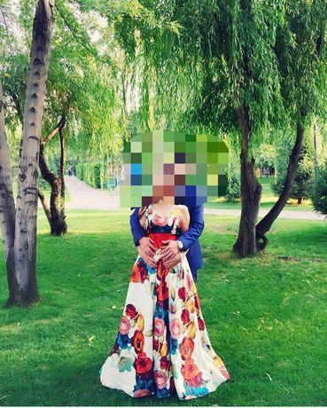 продам платье D&G