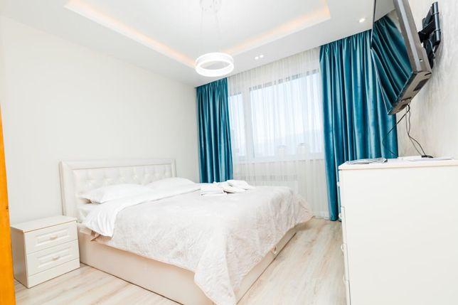 1 комнатная квартира люкс посуточно возле Байтерека