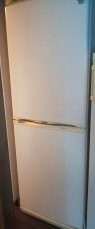 Холодильник Stinol двухкамерный