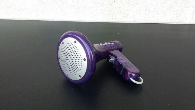 Jucarie - portavoce - megafon - amplificator - voce - modulator -efect