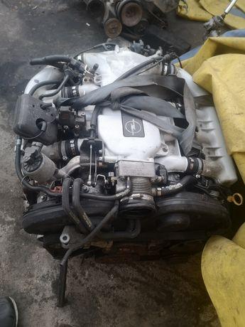 Двигатель на Opel Vectra B 2.5 Опель Вектра Б 2.5 V6