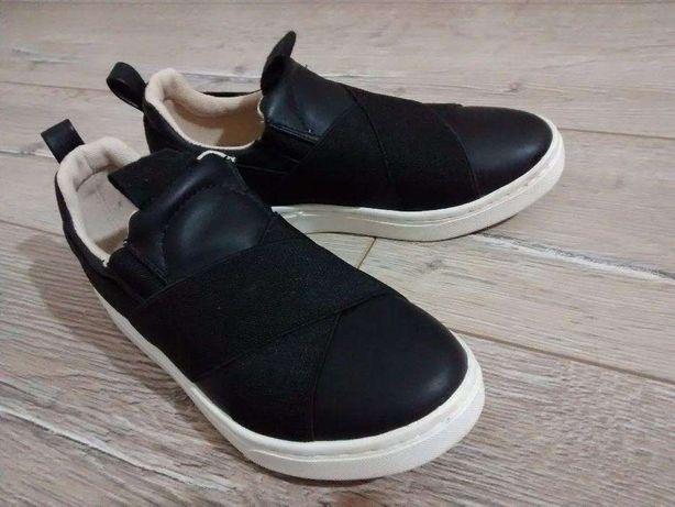 Pantofi Zara fete, marimea 32