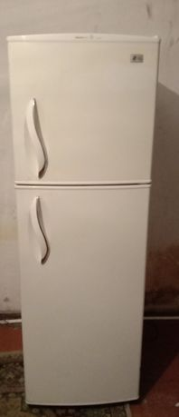 Холодильник б/у в рабочем состоянии