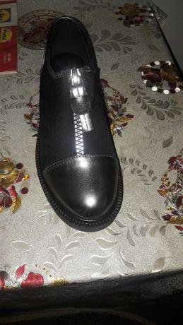 Mocasini pantofi