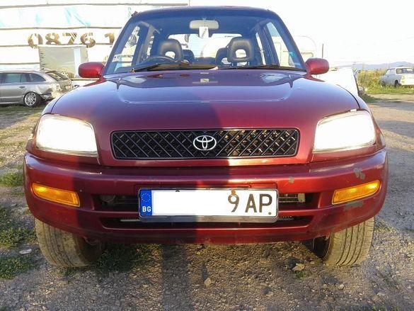 Тойота Рав4, автоматик, 1996 год, бензин,на части