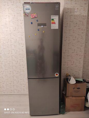 Продам Холодильник BOSCH в отличном состоянии