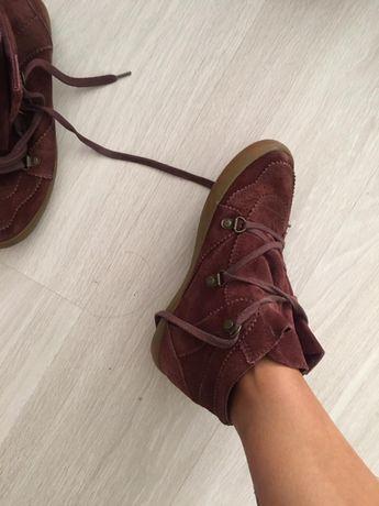 Продам замшевые ботинке Esprit