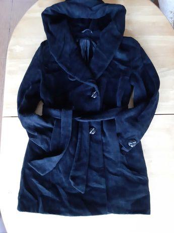 Пальто демисезонное, женское, черного цвета р 48