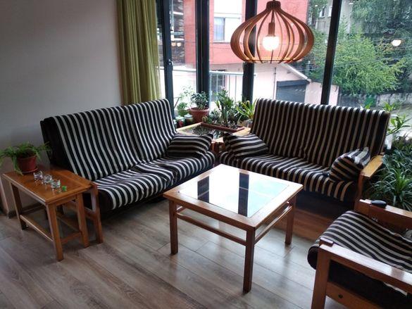 Канапе, фотьойл и 3 бр.масички - дъб масив