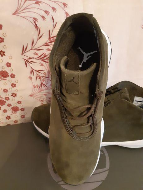 Adidasi Jordan..piele