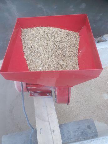 Продам  зерно дробилка