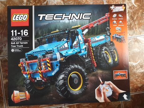Lego technic 42070 - 6x6 All Terrain Tow Truck