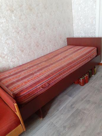 Продам кровать для спальни