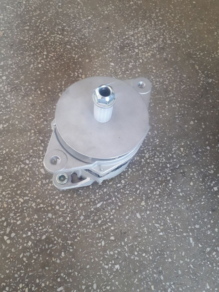 Alternator nou 24 volti vola Komatsu WA incarcator frontal tva inclus Bucuresti - imagine 1