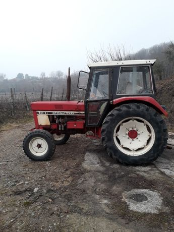 Vand tractor marca international 844 -s .