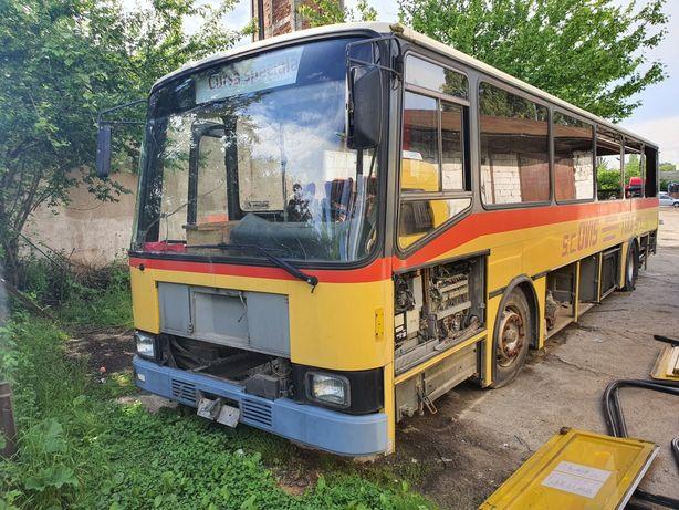 Dezmembrez autobuz VOLVO B10B ,fabricat 1994 ,caroserie LAUBER & FILS