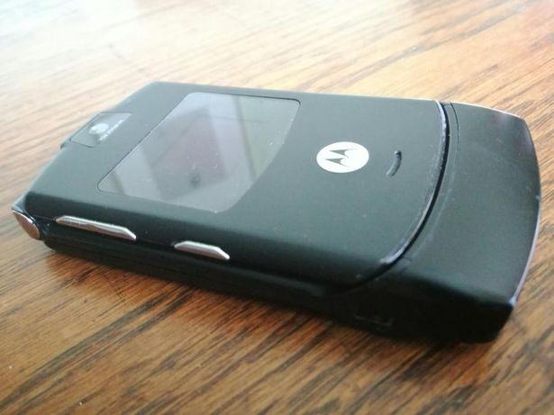 Telefon mobil Motorola V