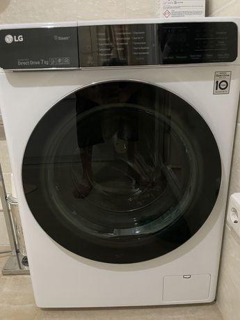 Продаю стиральную машину LG