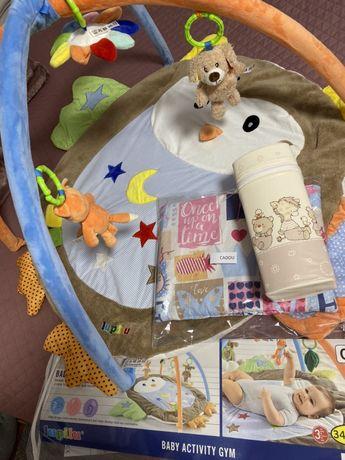 Centru de joaca pentru bebelusi CADOU pernuta + termos